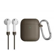 Чехол для Apple AirPods с беспроводной зарядкой Uniq Vencer Case с держателем Beige