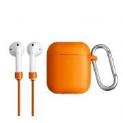 Чехол для Apple AirPods с беспроводной зарядкой Uniq Vencer Case с держателем Orange